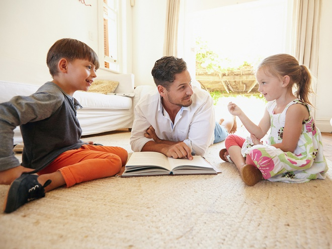 tips_talking_about_books_your_child_article_4_3
