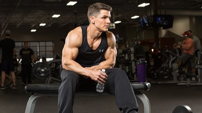 what-is-the-optimal-time-between-sets-for-muscle-growth-header-v2-400x225